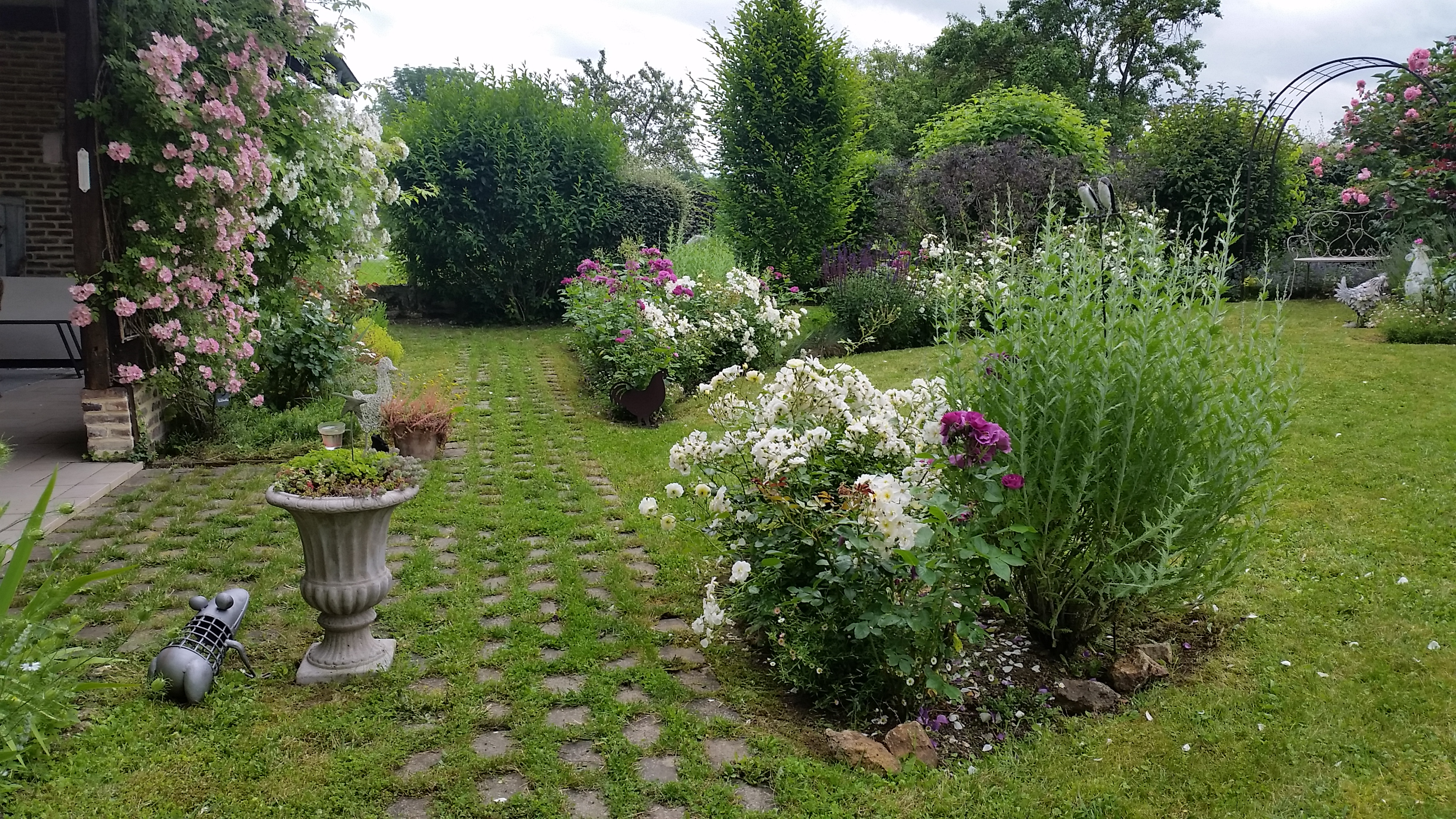 Meilleur de creation de jardin id es de salon de jardin for Idee creation jardin